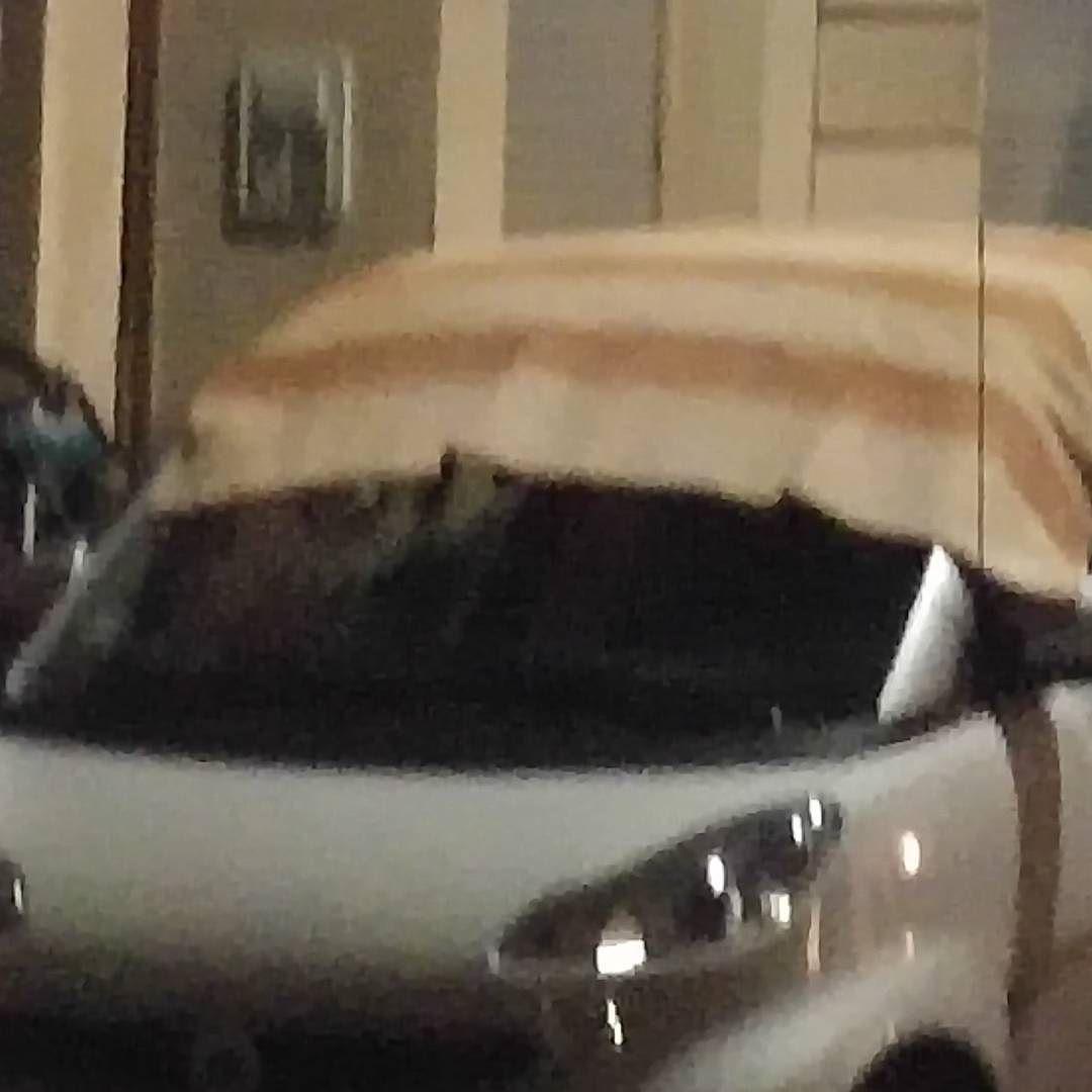 [Instagramfoto] Schütze dein #Auto gegen #Silvester2015 – mit Decke #himmelaufdenkopf #allesgutekommtvonoben #köln #cologne #Ehrenfeld