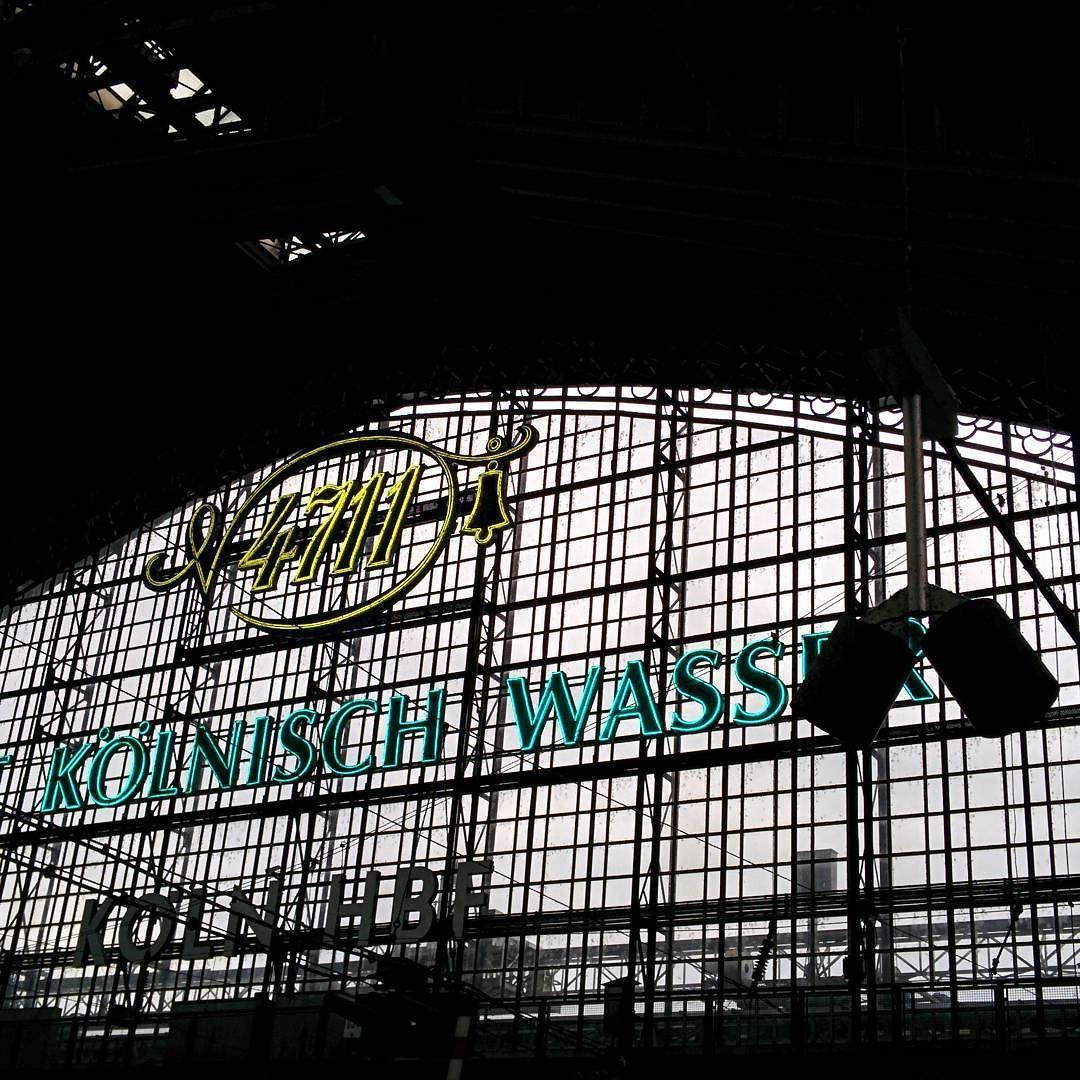 [Instagramfoto] #Köln #Cologne #Hauptbahnhof #Bahnhof #Centralstation #Architektur #4711 #nofilter #hdr #nexus5 #nexus5photography